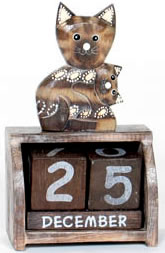 cal3-4-balinese-crafts-wooden-calendars