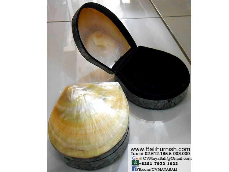BCSHL1-1 Bali Pearl Shell Trinket